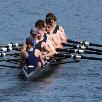 rowing-3488948_1920